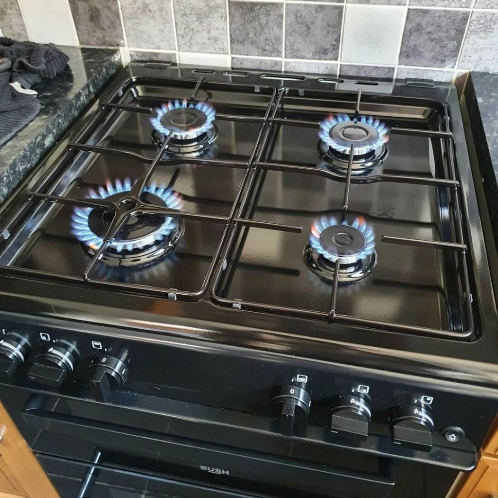 standing cooker installation
